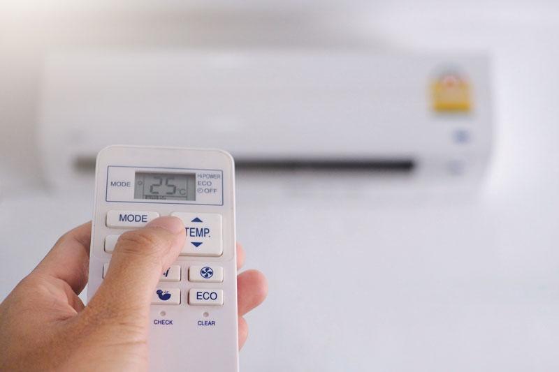 klimatizácia s ovládačom