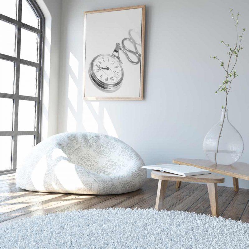 biely koberec v obývačke