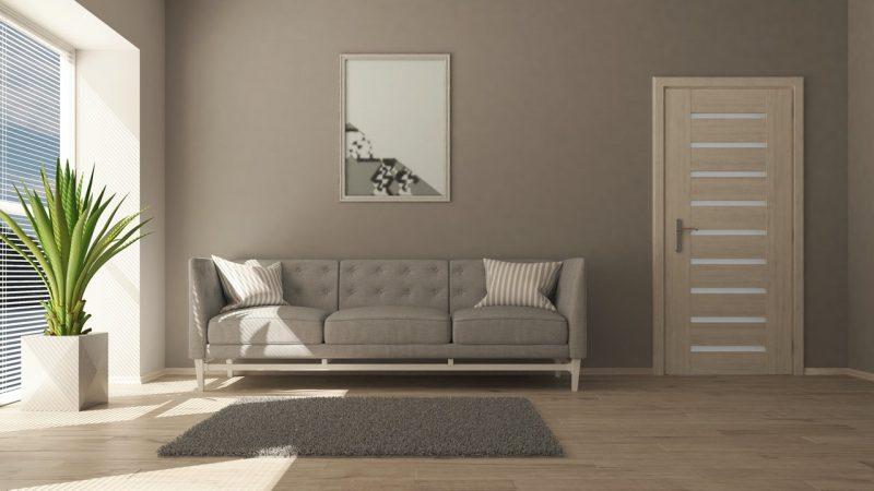 hnedá obývačka so sedačkou