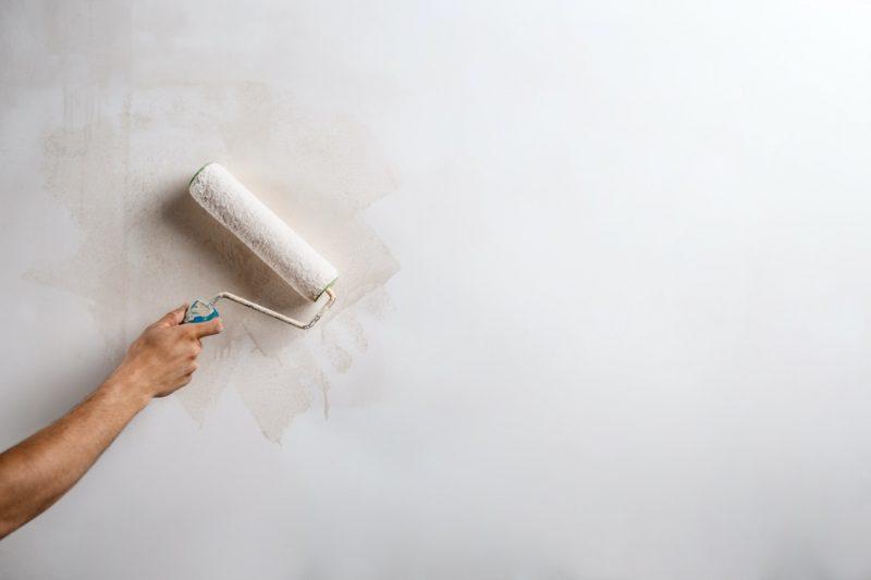 maľovanie stien valčekom
