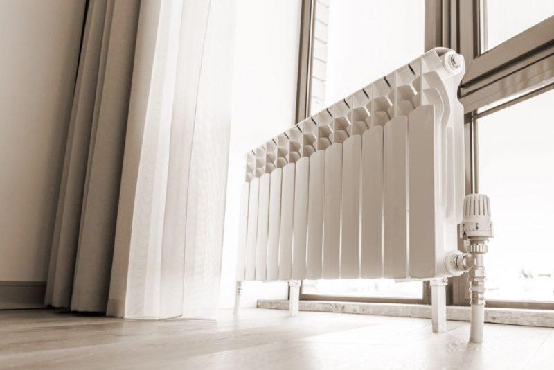 biely radiátor