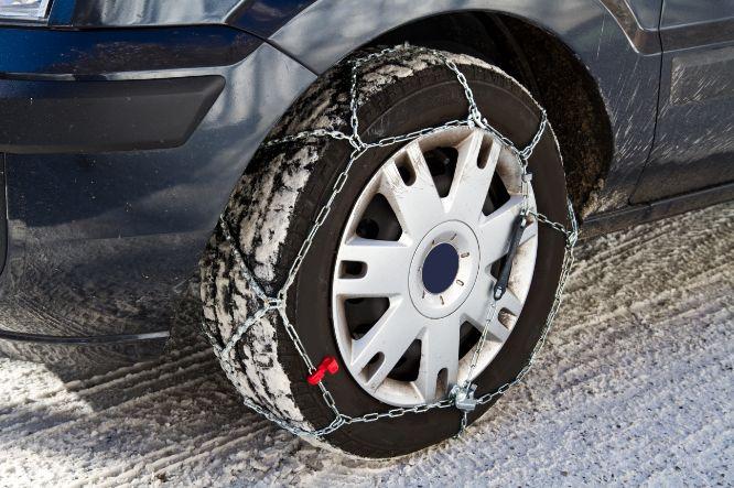 snehové reťaze na aute