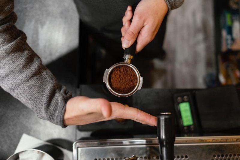 káva a pákový kávovar