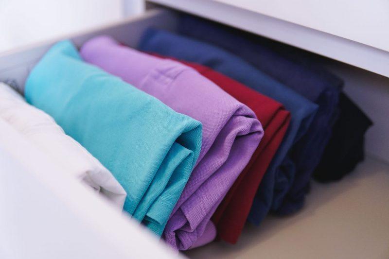 zložené oblečenie