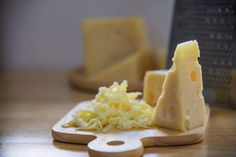 nastrúhaný syr