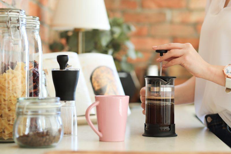 french press kávovar delonghi